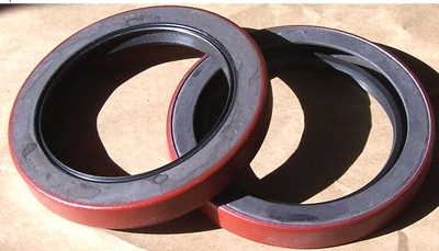 DANA 60 FRONT HUB SEALS/WHEEL SEALS SET OF 2 SEALS